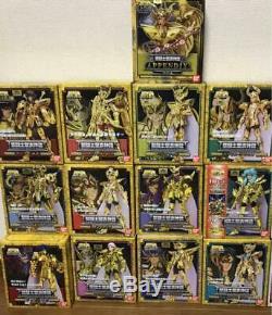 BANDAI Saint Seiya Myth Cloth Gold Saint figure + Extra