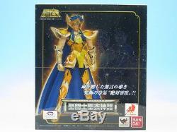 FROM JAPANSaint Seiya Cloth Myth EX Aquarius Camus Action Figure Bandai